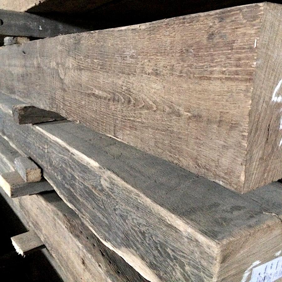 poutres de bois de grange, différentes dimensions aussi écharie à la hache/100$/400$ / poutre